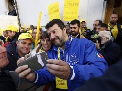 Lancio di uova contro Salvini: una condanna e sei assoluzioni a Imperia