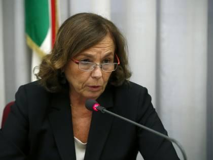 Intercettato un pacco bomba indirizzato al ministro Lamorgese