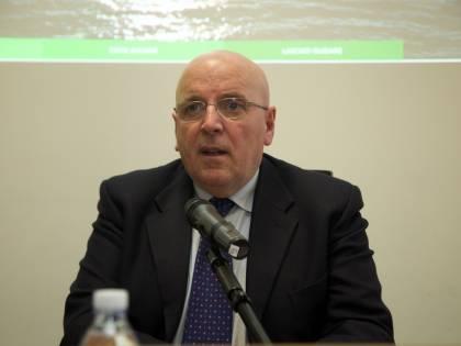 Abuso d'ufficio, altri guai per l'ex governatore Pd Oliverio: rischia il processo