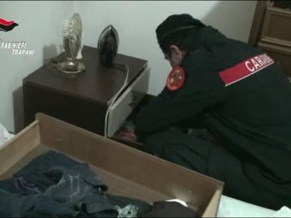 Droga e computer rubati all'universita: arrestato studente spacciatore