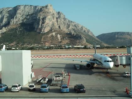 Oltre 500 euro per un volo dalla Sicilia a Milano:  ora interviene il governo
