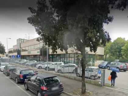 Forlì, 2 furti in un giorno appena uscito da carcere: preso magrebino