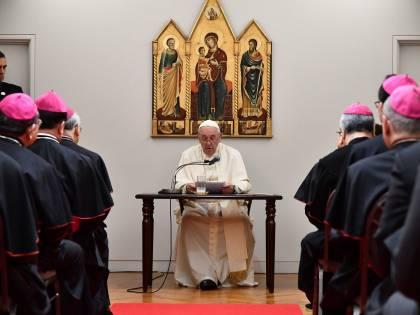 """L'appello di Papa Francesco: """"Immorale uso e possesso dell'arma atomica"""""""
