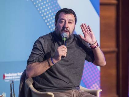 """Salvini promette battaglia sul Mes: """"Barricate contro il signor Conti"""""""