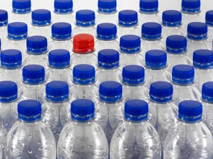 Il bluff sulla plastic tax. Come cambia la manovra
