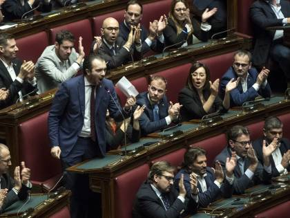 """""""Fratelli d'Italia non tiri la corda"""". L'avvertimento della Lega"""