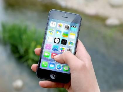Apple pagherà 500 milioni di dollari per gli iPhone rallentati