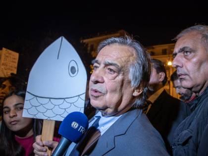 Il sindaco dei porti aperti chiude a chi vuol dar lavoro agli italiani