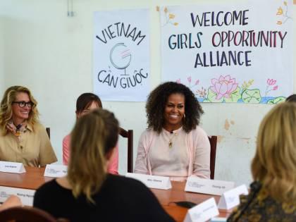 """Anche Michelle Obama boccia l'impeachment: """"È surreale"""""""