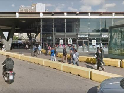 Napoli, sgominata banda di borseggiatori. Usavano parole in codice