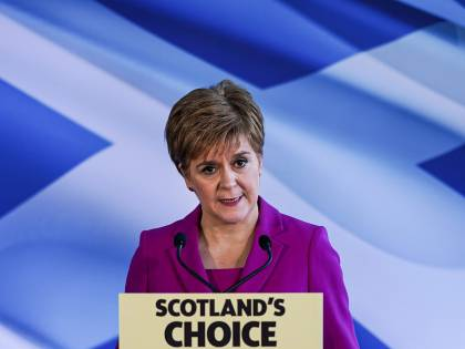"""La Brexit ridà alla Scozia la voglia di indipendenza. Londra: stop """"tampon tax"""""""