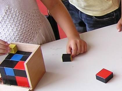 Alunno autistico escluso dalla recita di Natale: arrivano gli ispettori a scuola