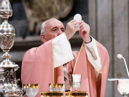"""Il Papa fa tremare la Curia: """"Non siamo più nella cristianità"""""""