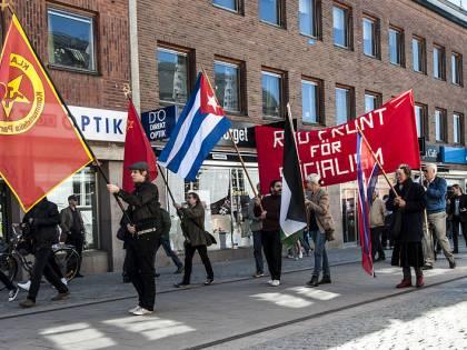 """Comunisti contro progressisti: la """"vecchia"""" sinistra si ribella"""