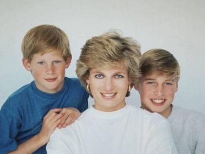 Lady Diana, esiliata a Natale nel palazzo reale senza William e Harry