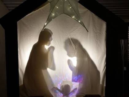 Lodi, presepe vandalizzato: statua Gesù bambino decapitata e rubata