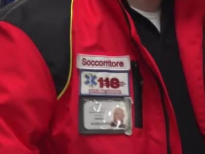 Crevalcore, operatore 118 preso a pugni da magrebino mentre lo aiuta