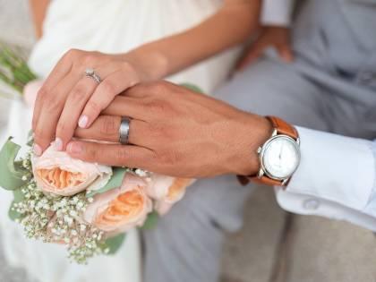 Scopre la notte di nozze di non poter far sesso a causa di una malattia