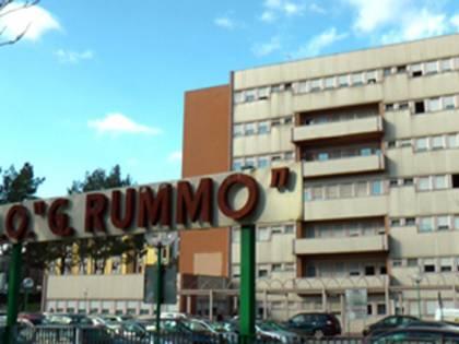 Benevento, disabile accoltellata in piazza: arrestato sordomuto 44enne