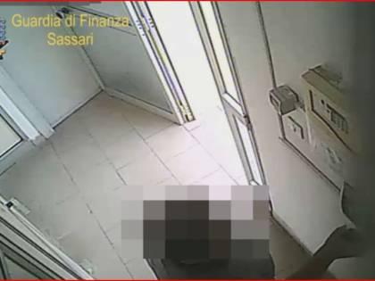 Assenteismo al Comune di Alghero: sospesi due dipendenti