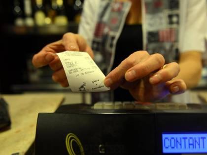 Al via la lotteria degli scontrini. Ma i negozi non sono pronti...