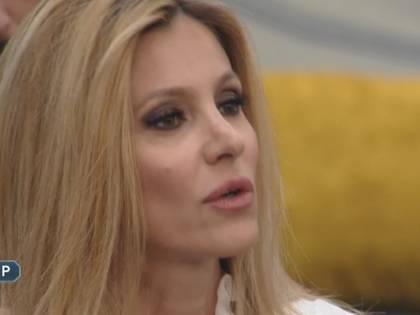 """Adriana Volpe sotto accusa: """"Licia vomita? Si è vista la pancia gonfia"""""""
