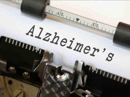 Alzheimer, i sintomi cambiano a seconda della lingua d'origine