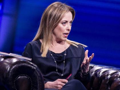 """Giorgia Meloni: """"Ho paura per mia figlia. Di notte non dormo più"""""""