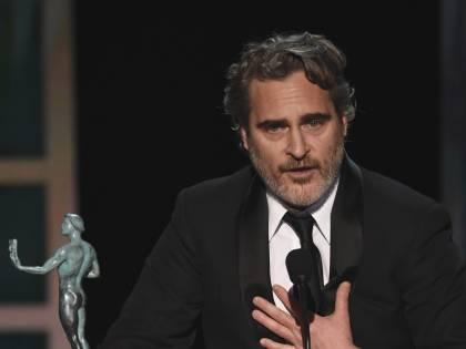 Joaquin Phoenix, le immagini delle premiazioni