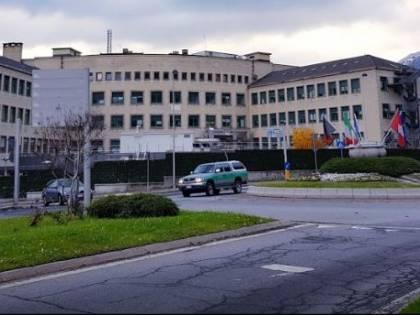 Paziente in dialisi contrae tre infezioni in ospedale e muore