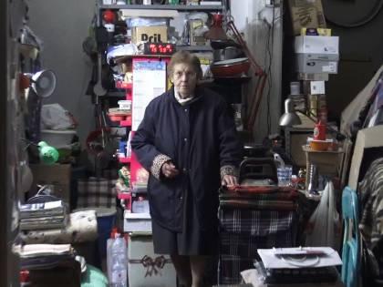 A 89 anni, vive da 4 in un box. Per lei non c'è una casa popolare