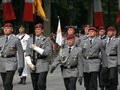 Germania, centinaia di soldati indagati per estremismo di destra