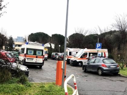 Coronavirus, l'Ares affitta otto ambulanze per trasportare i contagiati