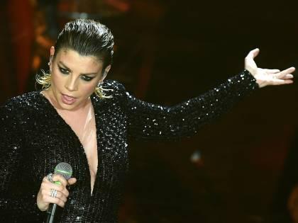 Sanremo, Al Bano e Romina tornano sul palco. Ferro canta e si commuove. Emma incanta l'Ariston