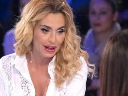 """Verissimo, Valeria Marini rivela:  """"Ecco perché sono stata male"""""""