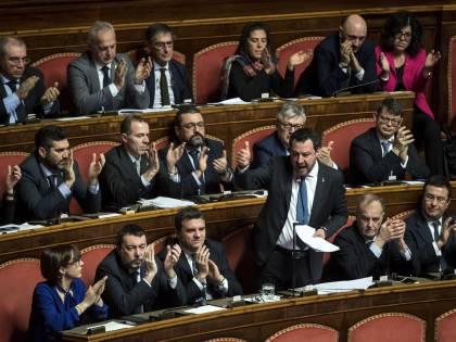 """Alta tensione in Senato. La Lega ora punta i piedi: """"Conte riferisca in Aula"""""""