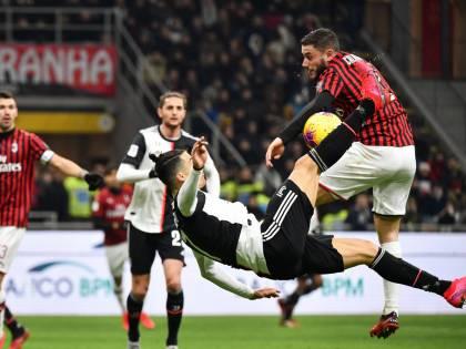 """Milan-Juventus, tifosi rossoneri scatenati sui social: """"Il capolavoro di Valeri"""""""