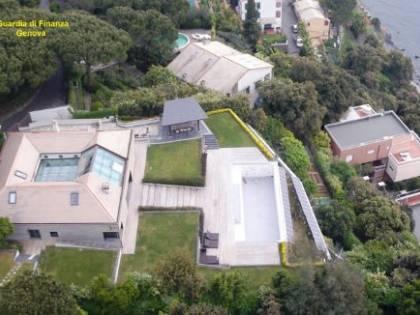 Arenzano, evasore totale affittava villa di lusso a calciatori
