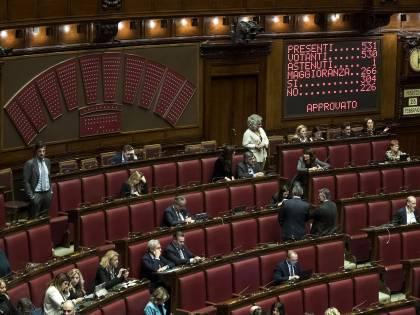 Maggioranza battuta alla Camera. Il M5S si spacca in commissione