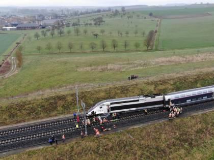 Treno deraglia in Francia