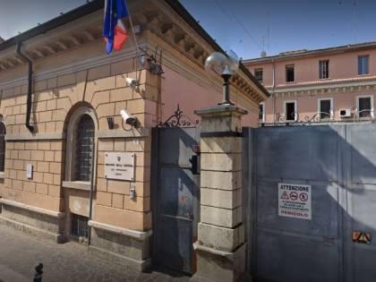 Mantova, albanese ruba in appartamento: 4 anni di carcere