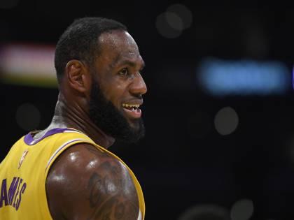 """LeBron James corregge il tiro: """"Porte chiuse? Non mi piacciono ma mi adeguerò"""""""