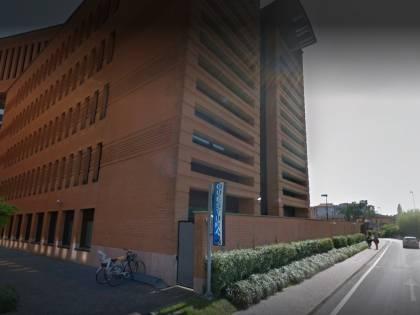 Treviso, nigeriano ruba bici poi, riconosciuto, aggredisce la vittima