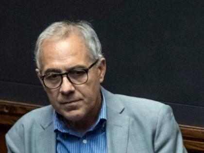 """Zingaretti: """"Crisi con 500 morti al giorno?"""". Anzaldi: """"Conte non è intoccabile"""""""