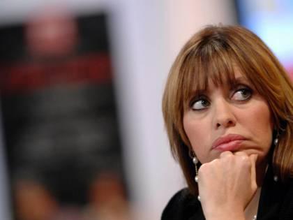"""Mussolini in ritirata. """"Addio politica, ora ballo"""""""