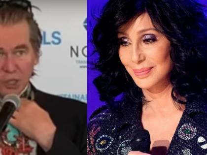 """Val Kilmer: """"Avevo il cancro e una sera Cher mi stava quasi facendo morire a forza di ridere"""""""