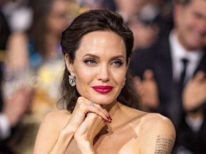 Per Angelina Jolie l'educazione scolastica è importante anche ai tempi del coronavirus