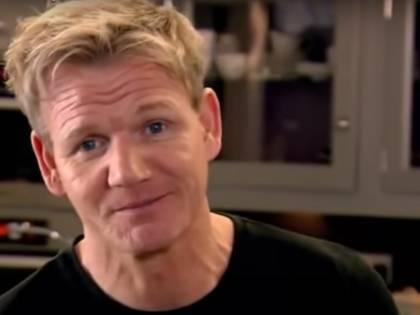 """Gordon Ramsay scatena l'ira degli abitanti del villaggio: """"Hai violato la quarantena, torna a Londra"""""""