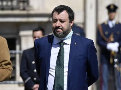 """Salvini avverte Conte: """"Se userà il Mes lo farà al di fuori della legge"""""""