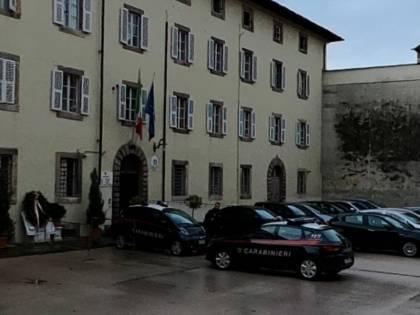 Lucca, magrebino non paga la pizza e accoltella il corriere
